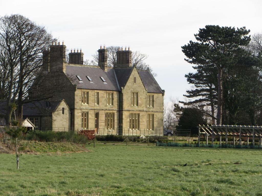 Adderstone House