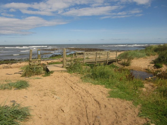 The beach at Howdiemont Sands