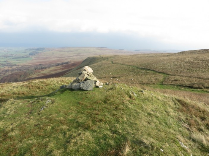 Cairn at Loup Knott