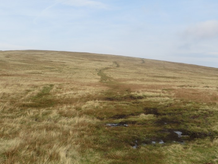 The path between Loadpot Hill and Wether Hill
